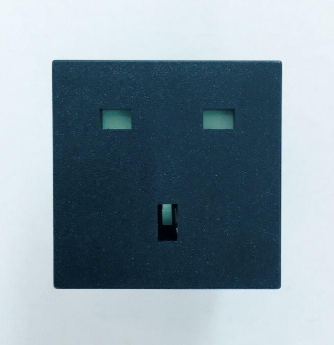 United Kingdom UK Power Socket Outlet English Plug Receptacl